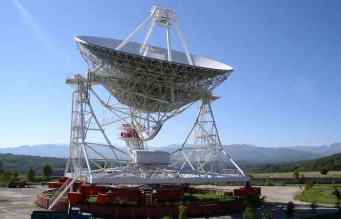 телескоп для наблюдения планет и звезд