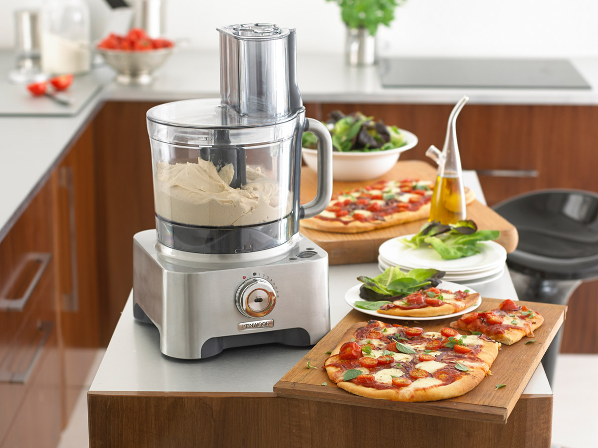 Рейтинг ТОП 5 лучших кухонных комбайнов
